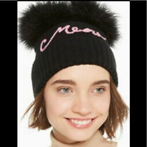 🆕 Kate Spade Hat - real fur pompoms🆕